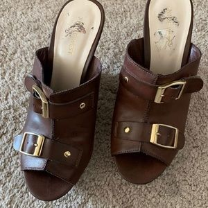 Sandals Nine West size 8 pre-owned